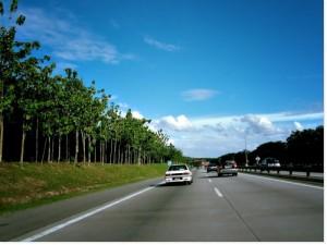 rachat credit voiture 300x225 Conseils pour consommer moins de carburant